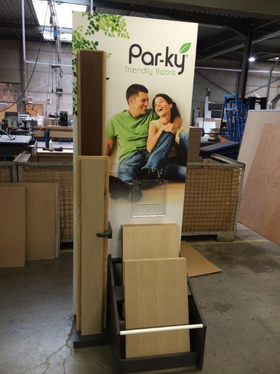"""Display voor """"Parky"""" fineerparket"""
